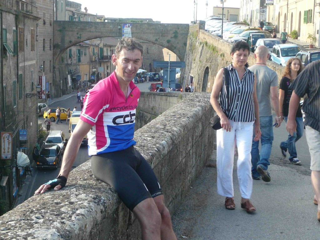 A brief stop for Colin and me in the busy streets of Pitigliano